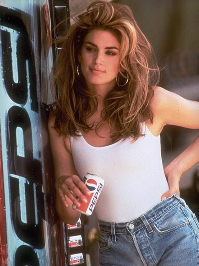 Cute 90s outfit (Pepsi ad)