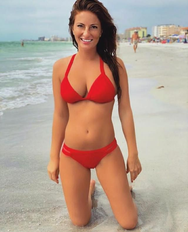 Red bikini are love. Enchaces your beauty on beach and makes you look beautiful and feminine without much effor…