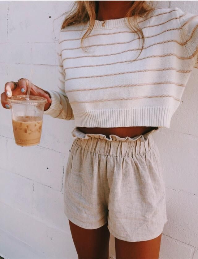 Super cute and simple outfit I found on vsco!! Thought it was perfect for this competition