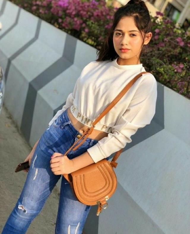 beautiful outfit. Zaful has a huge collection of such outfits. Get one for yourself from zaful.❤