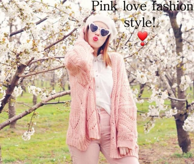 ❣Pink love fashion style!❣ ▪A colorful puffer jacket is a great way to create head-turning style this winter. To r…