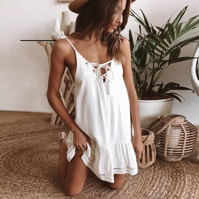 What a cute dress to get if you plan to go to beach and just wanna wear dress instead bikini