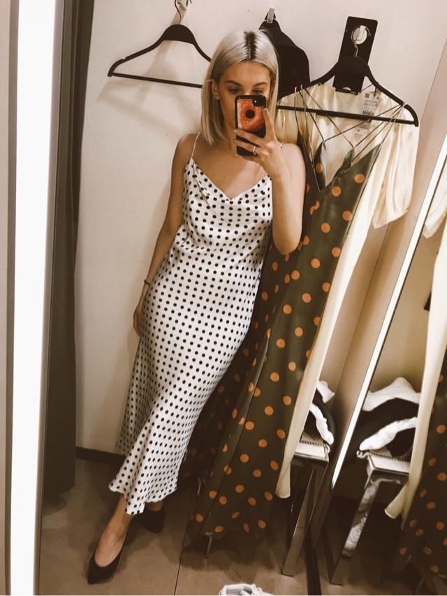 Polka dots lover around here? Meeeeee. If I had a choice to choose between prints - indeed I'll pick polka dots …