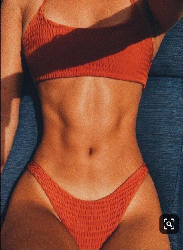 Bikini season | |