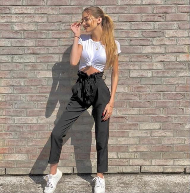 I love to wear simple outfits but stylish everyday