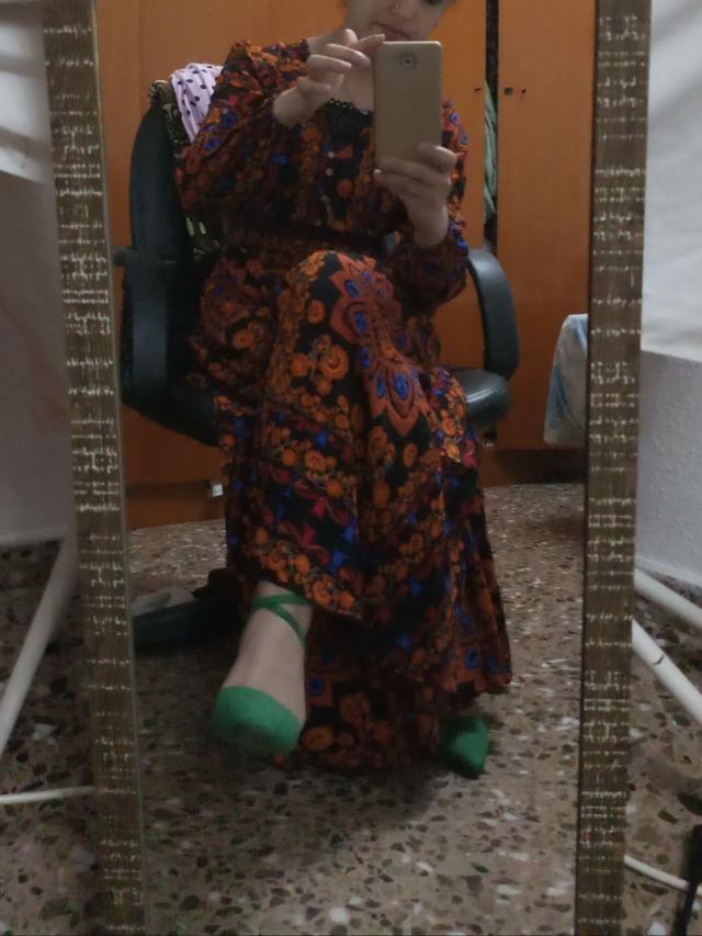 vestido de verano es un vestido muy elegante,cómodo, fresco con estilo árabe.es un vestido que se puede usar a diario …