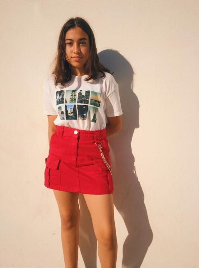 I love this outfit guys  Skirt: Bershka  Shirt: Pull & Bear