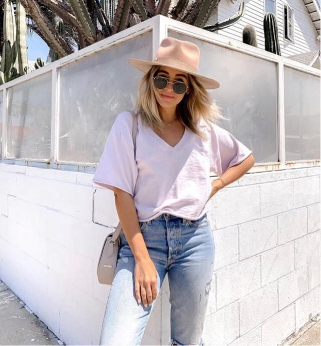 Simple outfit but very classic looks
