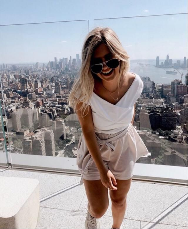 Super classy and stylish outfit from Zaful!!! Paper bag shorts are the newest trend for shorts and pants!! In …