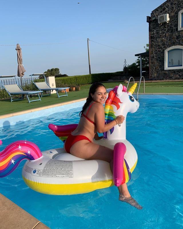 Loving this bikini. Sun and unicorns ❤️