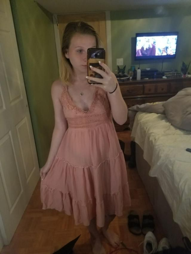 the straps on this dress were way to big, but if you cut them and just tie them together behind your neck, it's very cu…