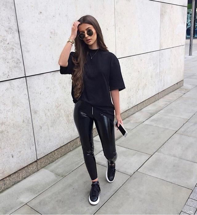 Love wearing all black outfit, it represents my mood