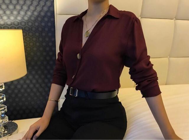 working girl looks