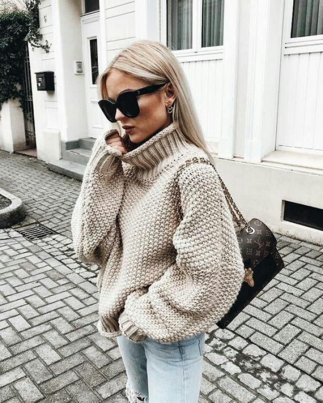 Beautiful gray turtleneck sweaters, you can find some gorgeous gray sweaters here on Zaful