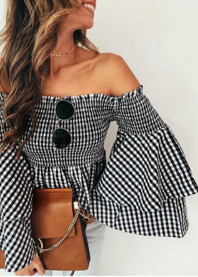 Tag a friend who would love this blouse