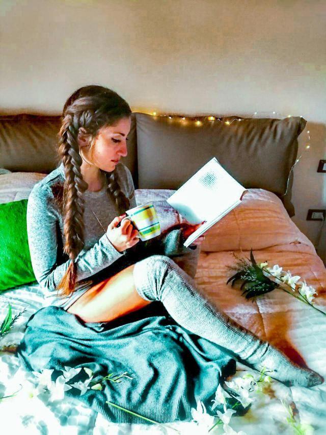 L'inverno si avvicina, piumoni, caminetti, maglioncini, libri da leggere sotto le coperte... la mia stagione p…
