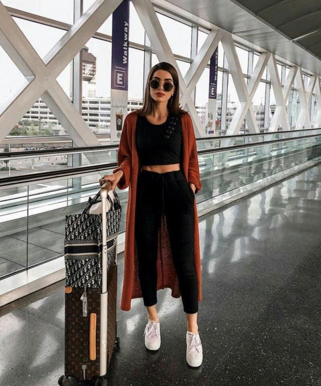 comfortable airport look, I love it
