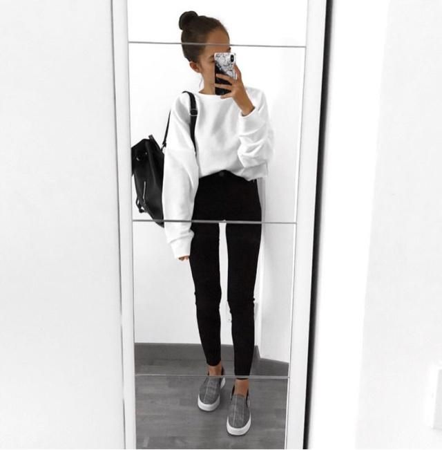 black and white look ♡