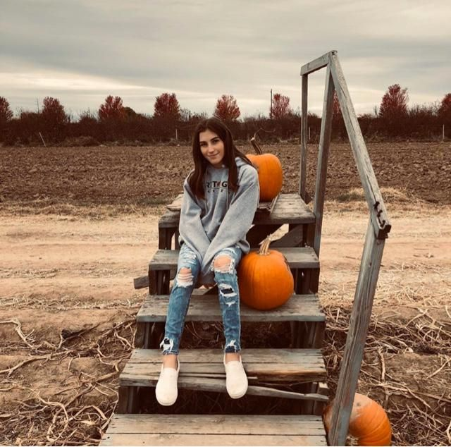 It's pumpkin season!  pumpkins have an old soul look..if you are an old soul you need to go out and get some pics with…