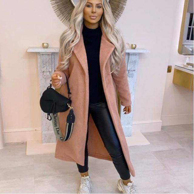 Long coat is comfortable and good to wear for daily hang out
