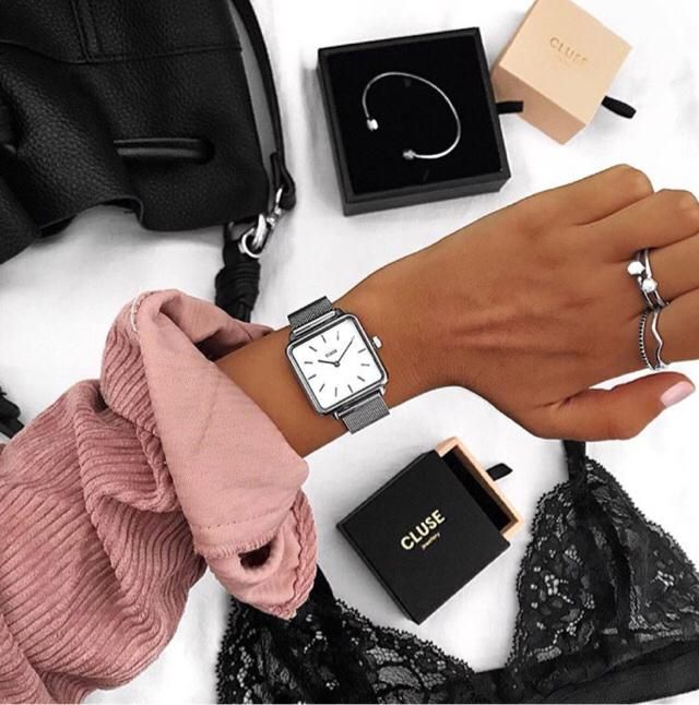 accessories of the day x
