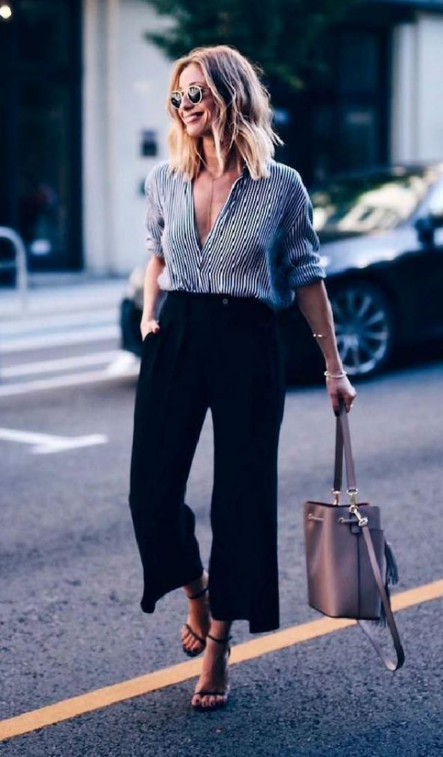We've seen them come and go in the past few years, but this season wide-leg pants are here to stay. Whether they hi…