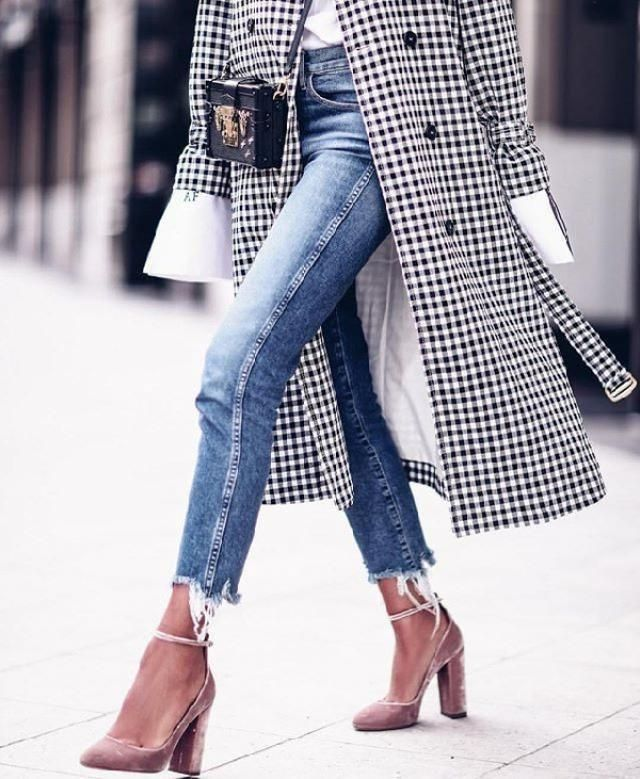 Undeniably one of the biggest trends this season is Gingham. In today's post I show you how to wear Gingham wit…