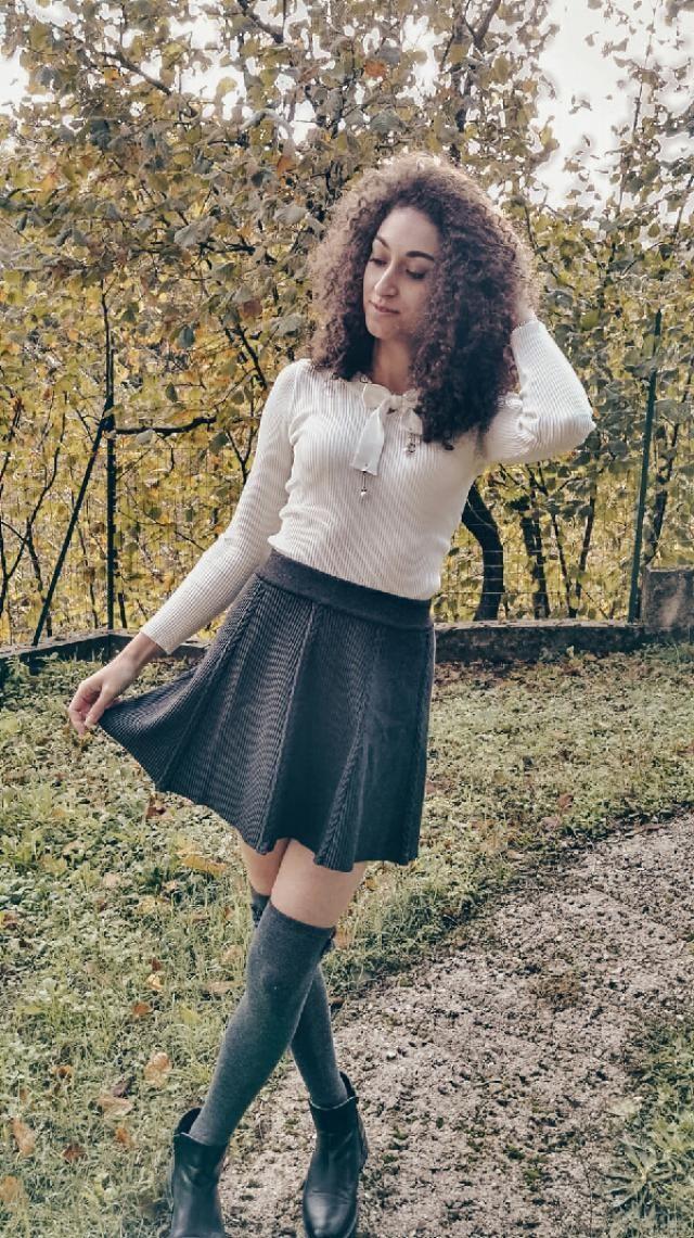 ho abbinato queste parigine con la mini gonna fi zaful, vi piace questo outfit?