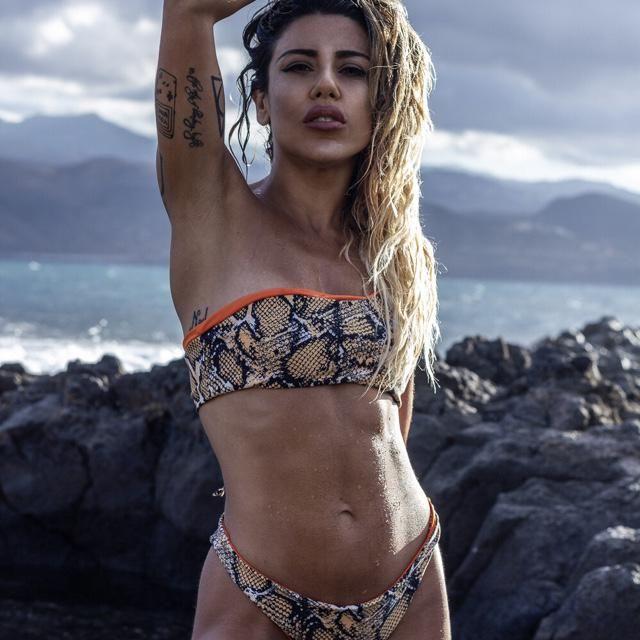 Snake print bikini mood