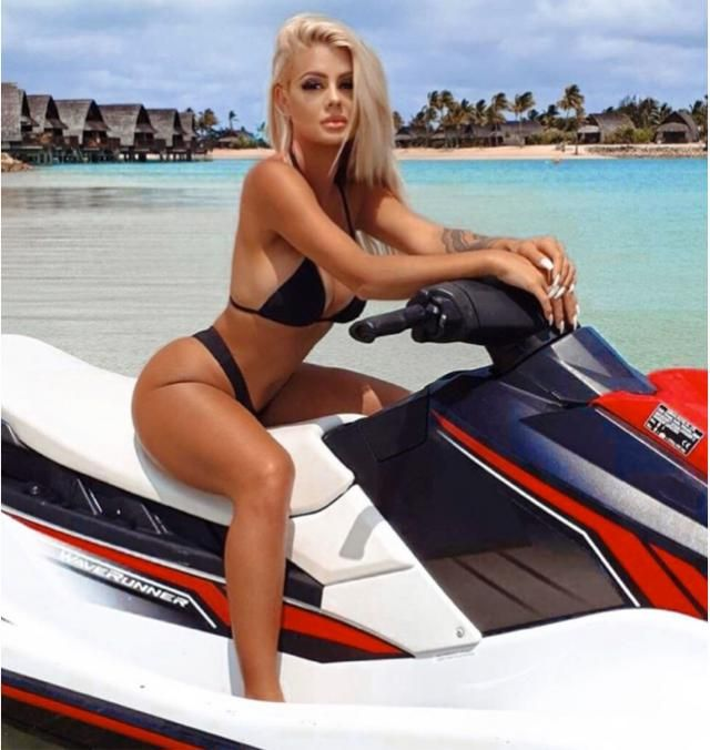 Jet ski is always be the fun activity to do on summer