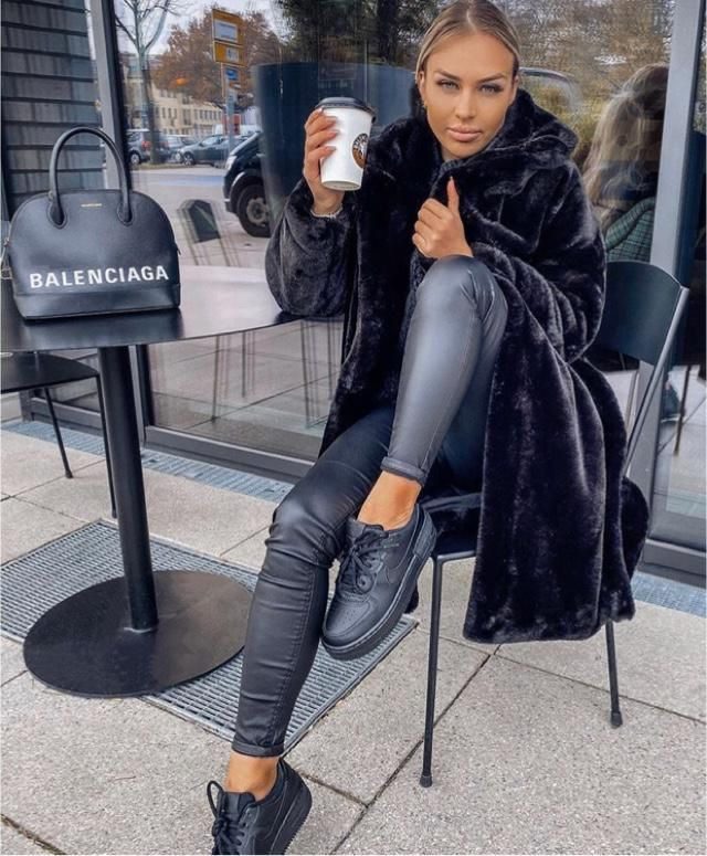 Who else loves to have warm coffee in the morning with comfortable outfits