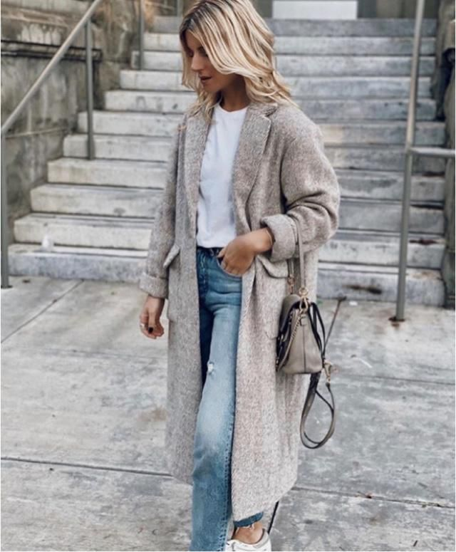 Keep yourself warm with long cardigan, or jacket. It will hell you to get through your day