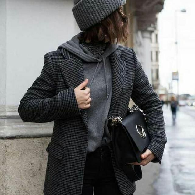 gray chic casual look, I love this style