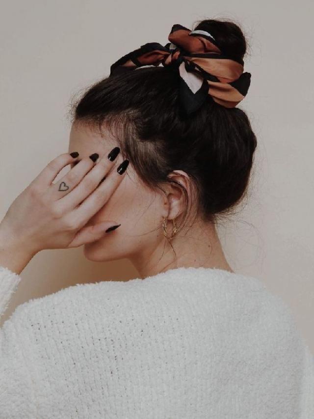 hair accessories | | |