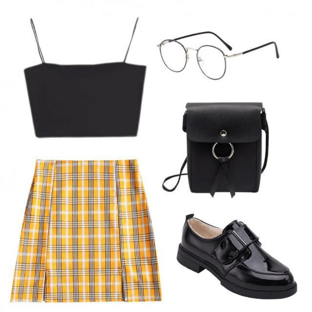 Clueless vibes anyone? Absolutely loving the plaid trend and mini skirts at the moment! What's your favourite tre…