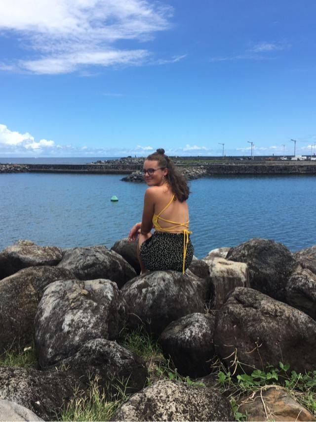 Très contente de ce petit dos nu jaune, parfait pour l'été 🌞