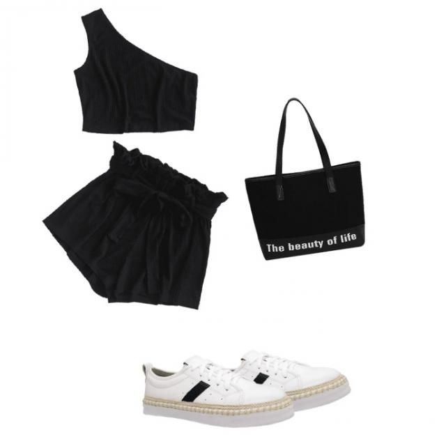 /WMakeUp cute and comfy outfit for hanging with friends or shopping i have the set and i always bring it on vacation wit…