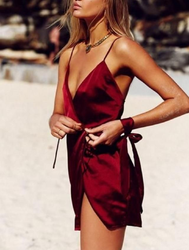Make your moment and have heads turn your way with satin Wine Red dress. | | |    /WMakeUp
