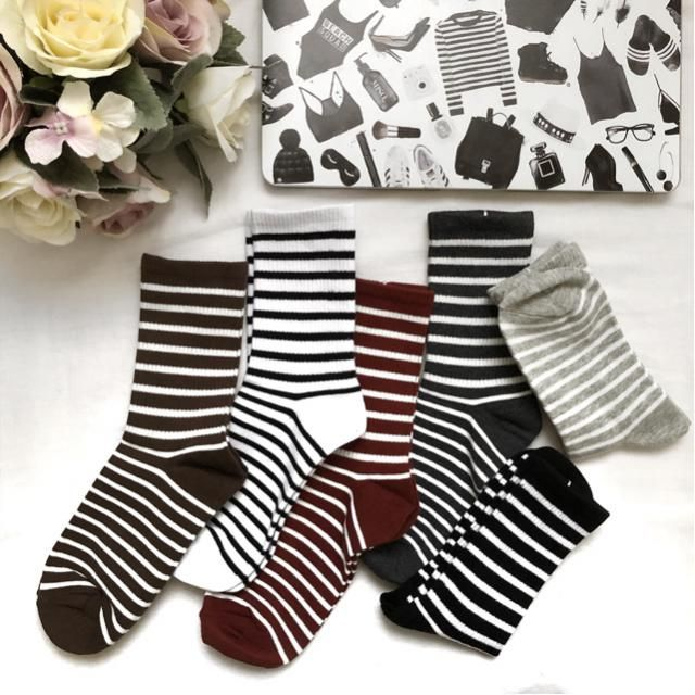 These socks are so cute! I love stripes 😍