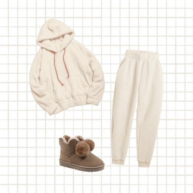 A cute and cosy look for these days in🧸🤍