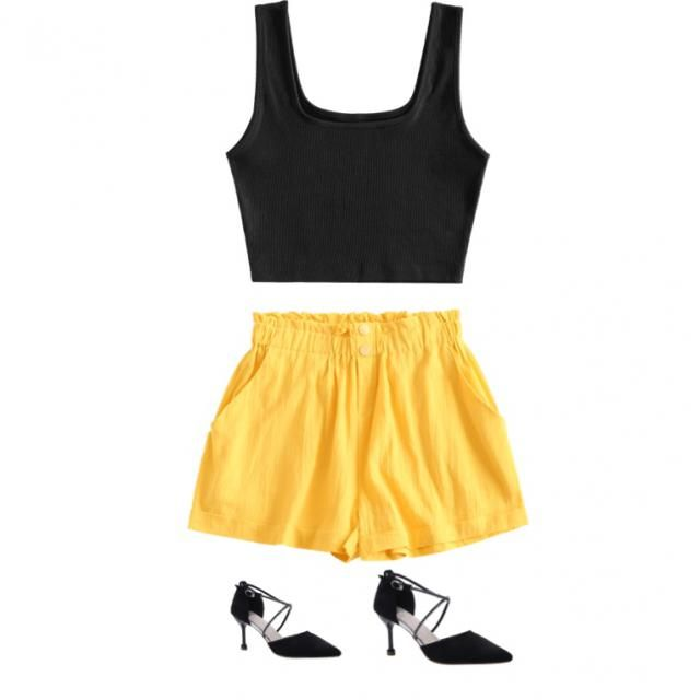Cute summer look. Good for chilling or just getting back from the beach