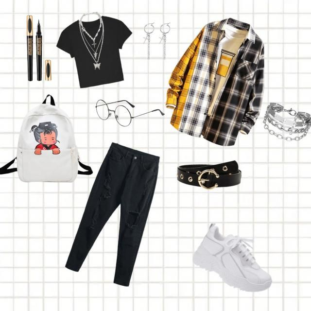 My style is basically a lot of jewelry and streetwear but also chill and all most an average city girl
