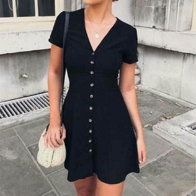 cute feminine simple look, you can find the best black dresses here on Zaful