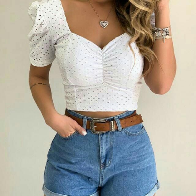 Keep it chic and classy with this eyelet puff sleeves top