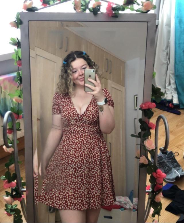 Cute summer dress for exploring under the sun! 🌞