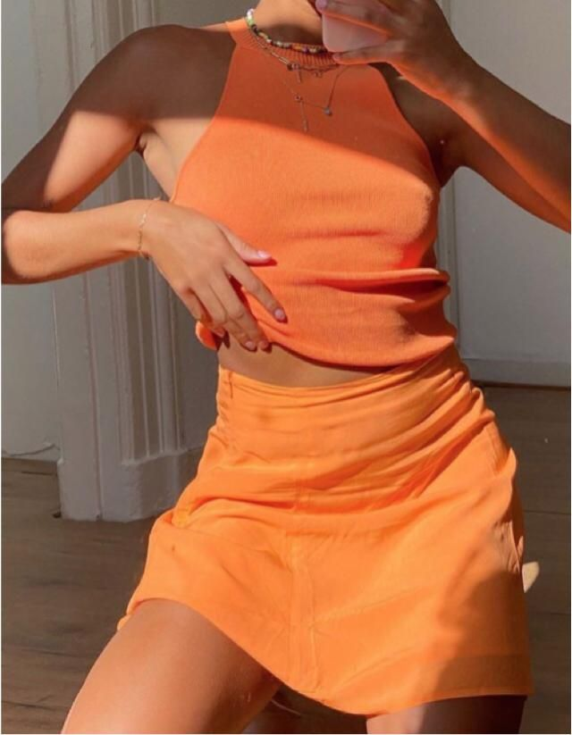 orange is the best summer colour, it makes you a tanned queen