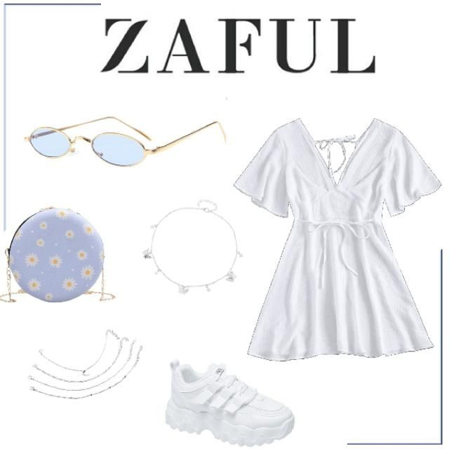 This white and blue outfit is such a summer vibe