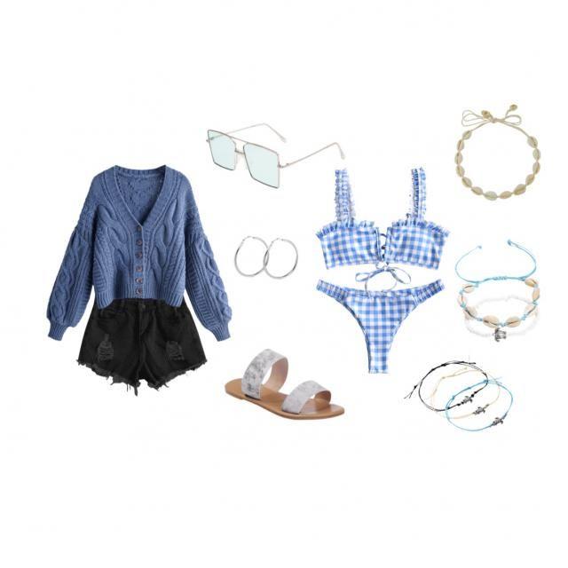 Pool/beach day 🤍💙