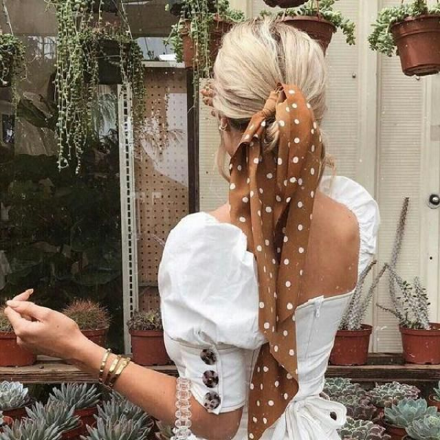 Love a hair accessories like this one, it's the trend this summer