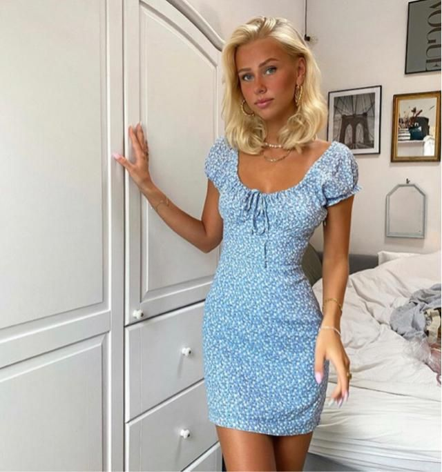 Let's get more tan and rock this summer with cute dress